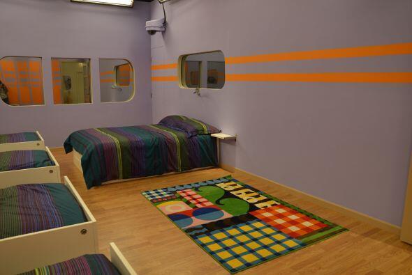 Esta es la cama doble donde dos chicos o una chica y uno chico dormirán....