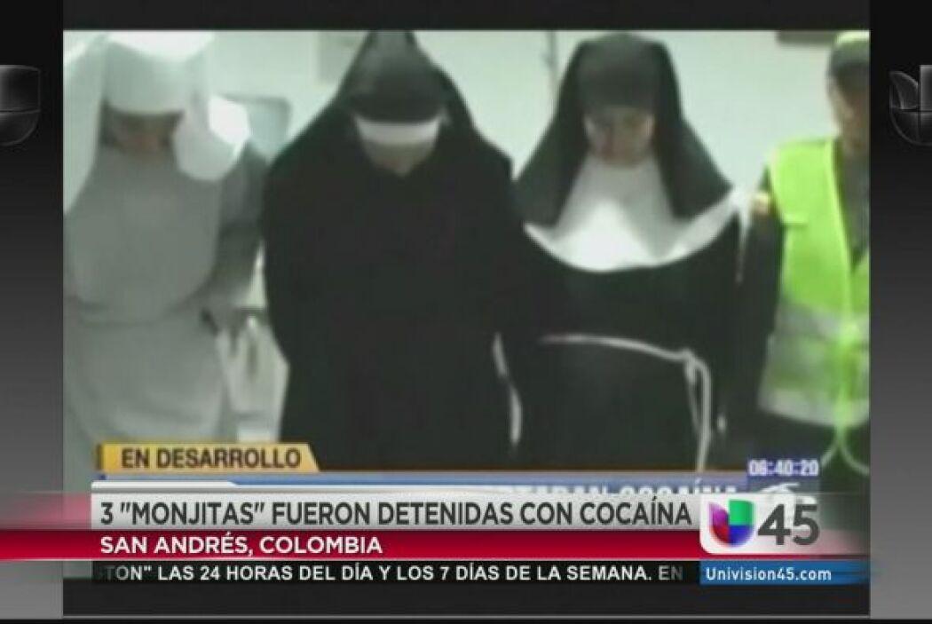 No, no están rezando. Estas monjitas están viendo cómo hacen para salirs...