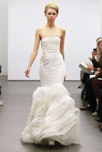 """""""Elegir el vestido va a ser lo más fácil cuando nos pongamos a preparar..."""