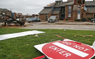El azote de tornados y tormentas en Texas deja cuatro muertos y 200,000...
