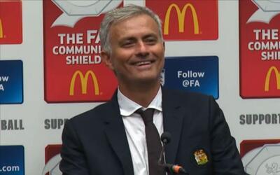 Mourinho se burló de periodista que dormía