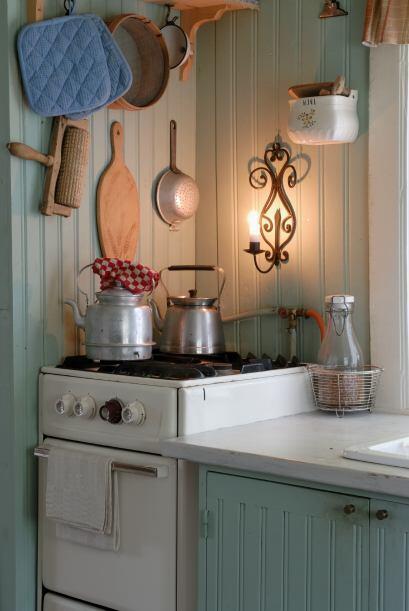1) Apuesta por una cocina con inspiración de los años 50.