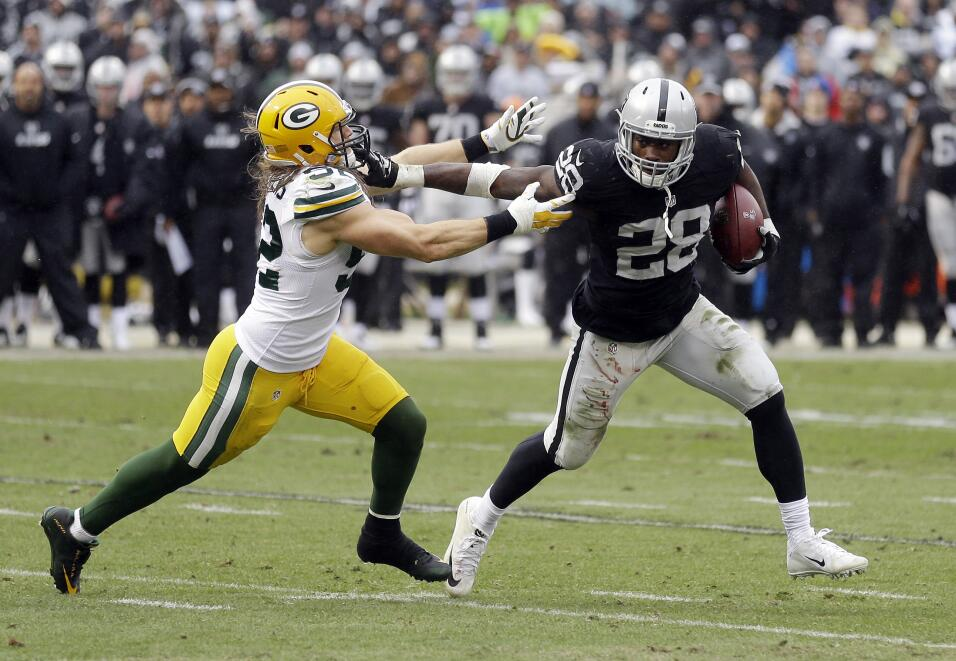 Los Green Bay Packers vencieron 30 - 20 a los Oakland Raiders para avanz...