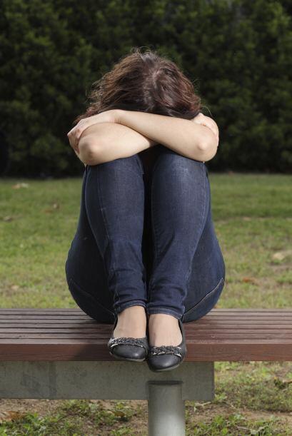 Los adolescentes hacen todo lo posible para no parecer diferentes a sus...