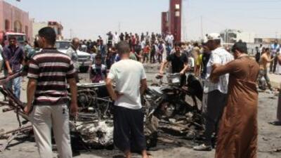 Al menos 46 personas murieron este jueves y decenas resultaron heridas e...