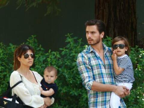 Según fuentes allegadas a la familia Kardashian, Kourtney y Scott...