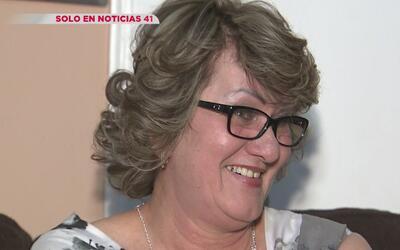 En una increíble historia, esta madre hispana vivió por años como indocu...