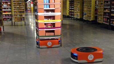 Despliega Amazon ejército de robots para el 'Cyber Monday'