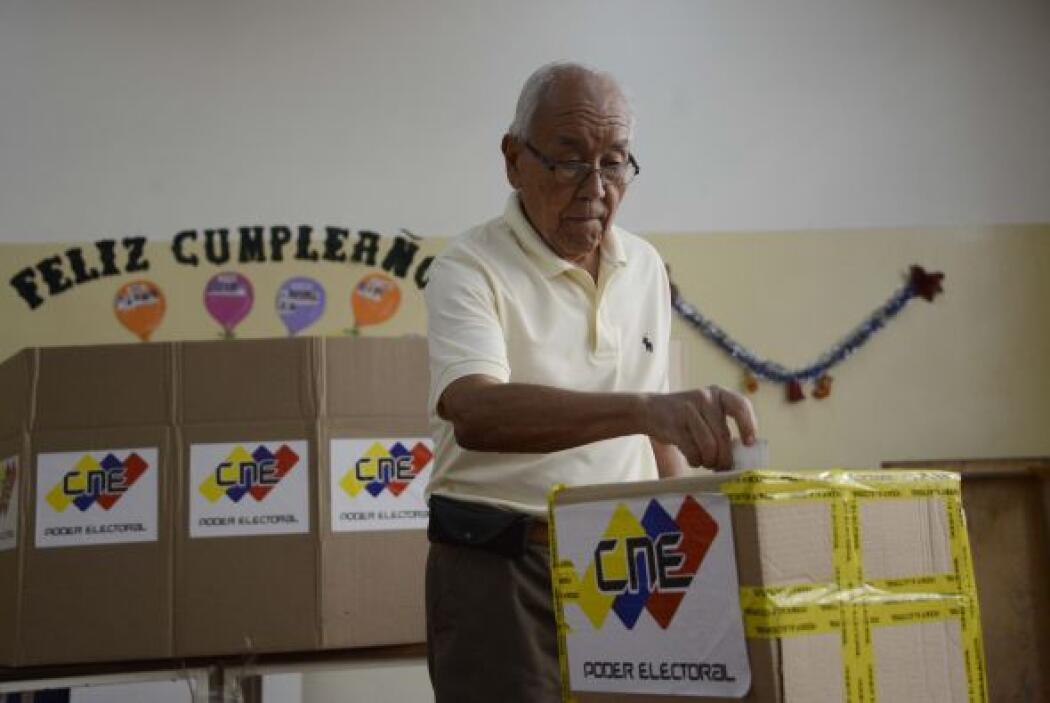 El presidente de Venezuela, Nicolás Maduro, también llamó a salir a vota...