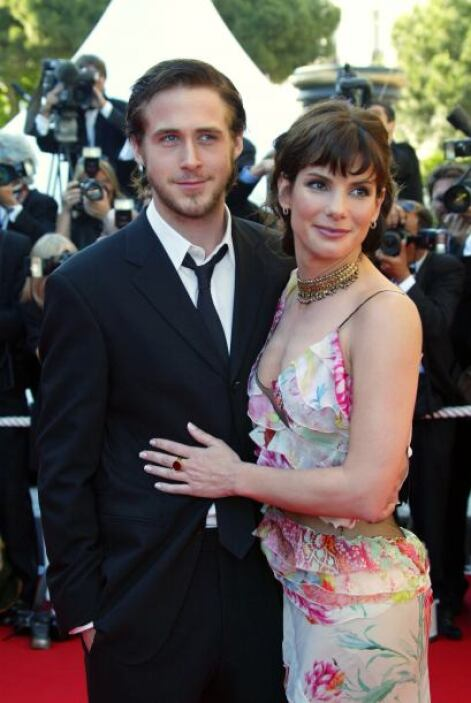 Y Ryan es muy cotizado en él, ya que en 2002, salió con Sandra Bullock q...
