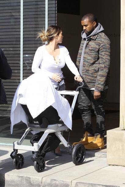 Kanye West está igual. Mira aquí lo último en chismes.