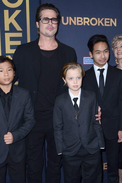 """Brad Pitt asistió a la premiere en Hollywood de """"Unbroken"""", dirigida por..."""