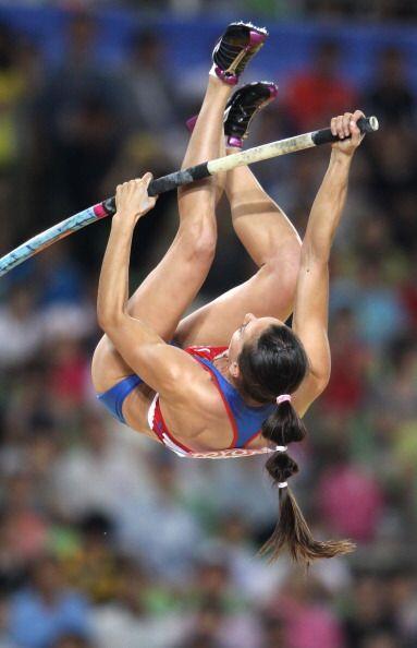 Yelena Isinbayeva fue sexta en la final de salto con pértiga. La...