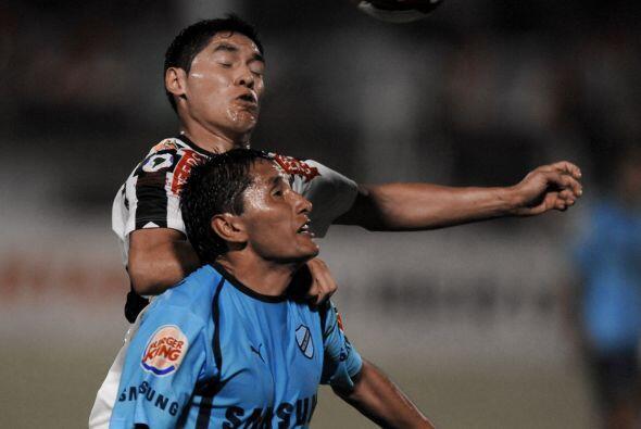 Bolívar, uno de los grandes del fútbol del altiplano, jueg...