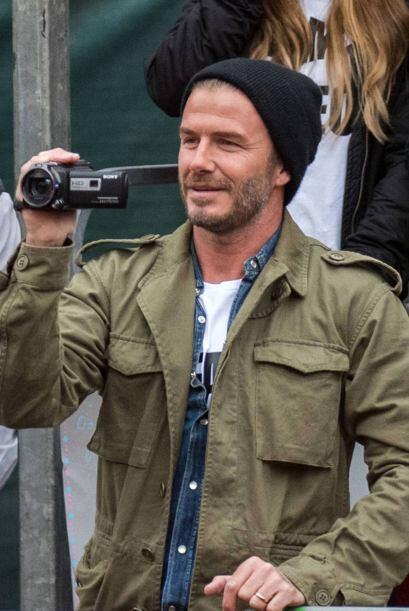 David Beckham se la pasó grabando a su pequeñín.