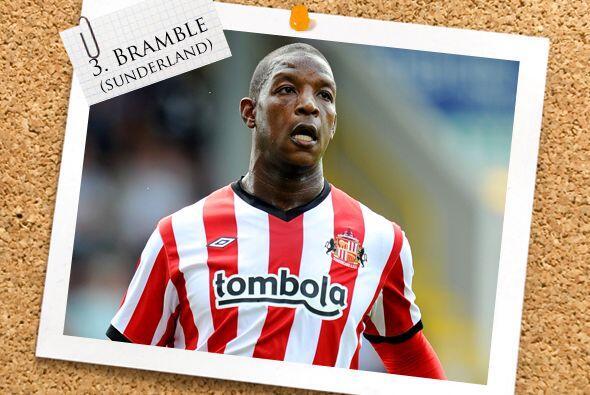 De la Liga Premier inglesa tenemos a Titus Bramble, hombre del Sunderland.