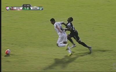 Codazo brutal en el Central vs Comunicaciones de la Liga de Campeones de...