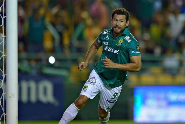 Miguel Sabah, el atacante ex de Chivas llegó a un León para recuperar su...