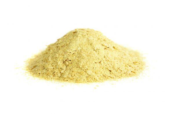 También contiene minerales como el calcio, cobre, cromo y hierro....