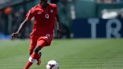 Tosaint Ricketts anotó uno de los tres de Canadá a Puerto Rico.
