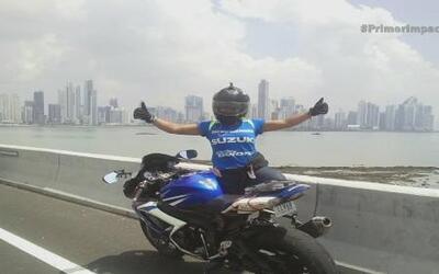 Joven rompió récord al recorrer 15 países en motocicleta