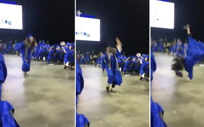 Quería sobresalir en la ceremonia de graduación, pero fracasó miserablem...