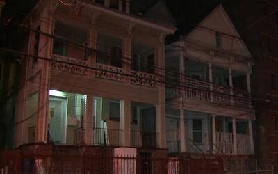 Encuentran un cadáver congelado en un apartamento de El Bronx recién adq...