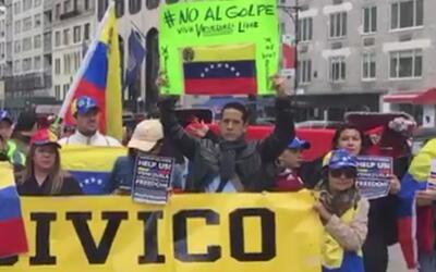 Venezolanos en Nueva York también se manifestaron bajo el lema #Viraliza...