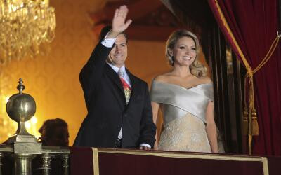 Jorge Ramos GettyImages-Pena-Nieto-%26-Wife.jpg