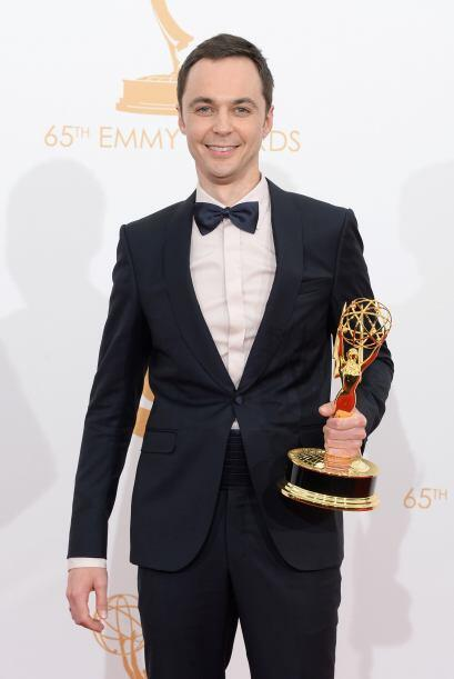 "Jim Parsons obtuvo su tercer Emmy por protagonizar la comedia ""The Big B..."