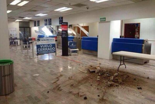 Se registran algunos daños en el aeropuerto de Tapachula tras el...