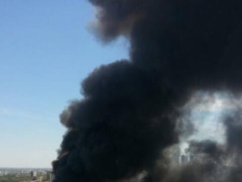 Un intenso incendio se registró el mediodía de este martes...