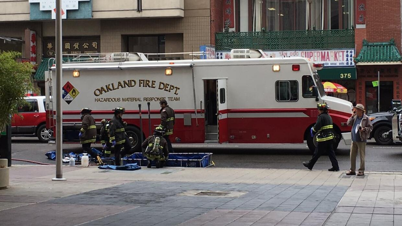 Hallan paquete sospechoso en Oakland