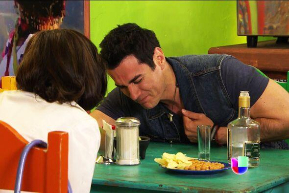 Ya es bebido demasiado Chava, es momento de que Araceli te lleve a tu casa.