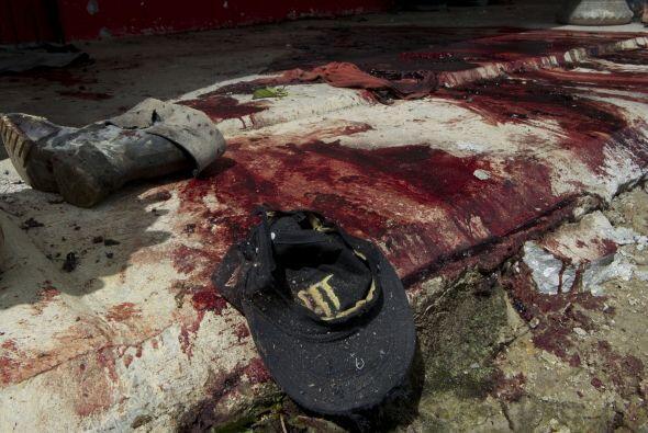 El gobernador no dio detalles sobre los autores de la matanza, que, seg&...