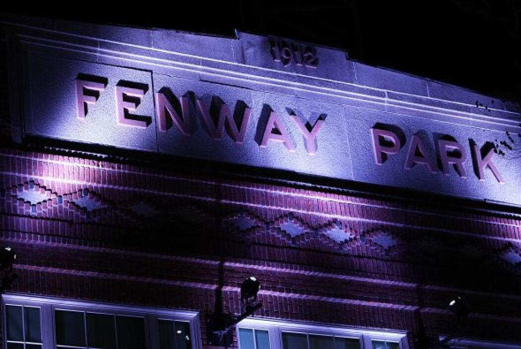Fenway Park, Boston - El 2 de abril todos los grandes edificios y monume...