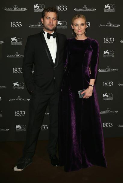Diane Kruger se apuntó a esta moda y decidió que un vestido púrpura conf...