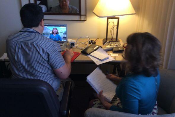 Conversando con los salvadoreños la noche antes de  los comicios elect...