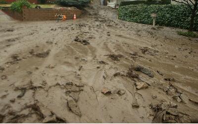 Descubren cadáveres en Long Beach tras inundaciones por tormenta en Cali...