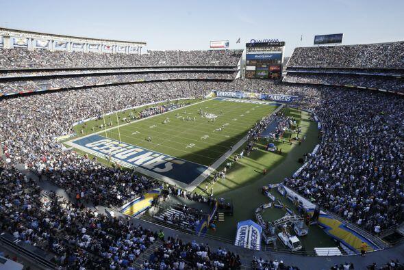 Domingo, Dic. 20 -- Dolphins vs. Chargers, Qualcomm Stadium, San Diego,...