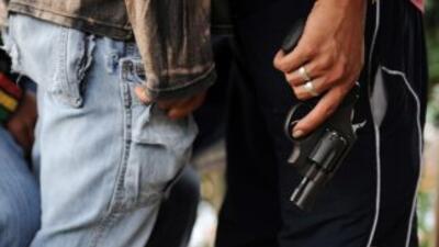 El tráfico ilegal de armas de Estados Unidos a México ha causado que una...