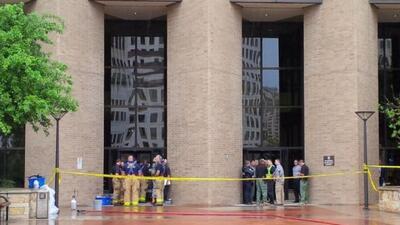 El Departamento de Policía de Austin informó que trasladó a sus equipos...