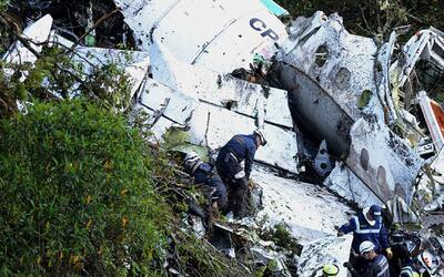 El último contacto entre la torre de control y el piloto del avión donde...