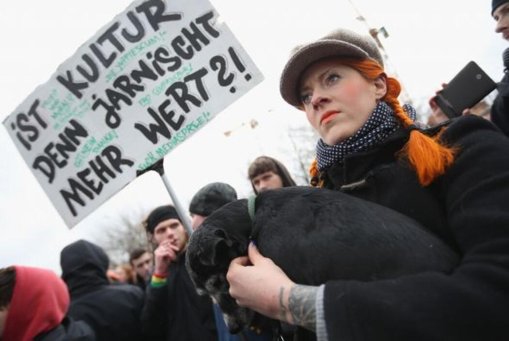 La protesta, que arrancó a mediodía y acabó a media tarde, tuvo lugar de...
