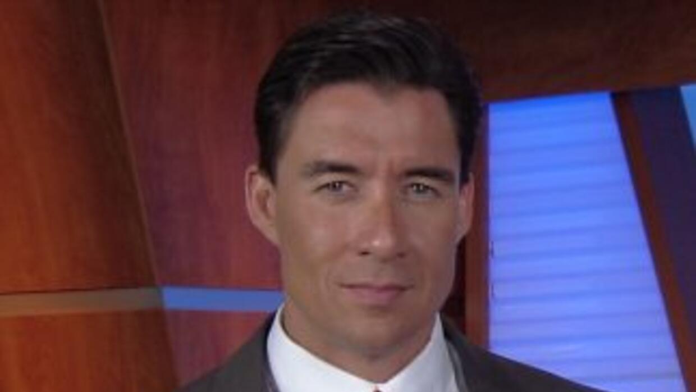 Noticias Univision 41 Al Despertar le da la bienvenida a Enrique Teuteló.
