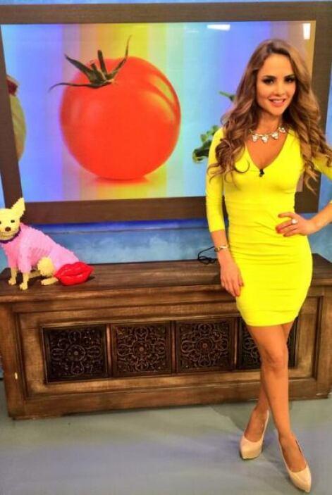 """""""Fotico de mi look de hoy en @DespiertaAmeric"""", dijo Ximena. (Marzo 3, 2..."""