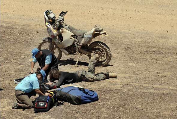 La británica Jennifer Morgan se cayó de su motocicleta y t...