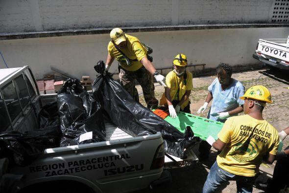 Otros de los internos ha sido llevados al Hospital Zacamil, al norte de...