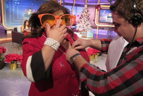 Nuestro staff la pone guapa antes de presentarle al novio a Raúl....