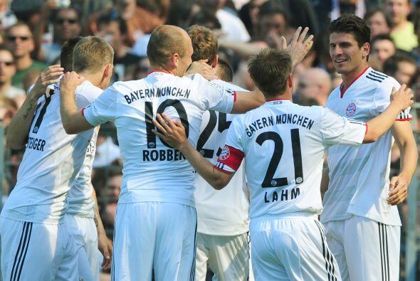 Gracias al aporte de 'Super Mario', el Bayern ya aseguró estar en la Cha...